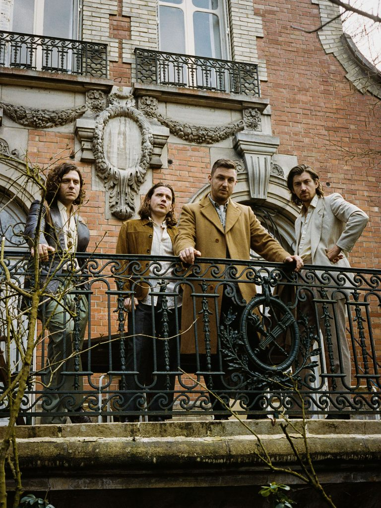 Met 'Tranquility Base Hotel & Casino' voert Arctic Monkeys eigenzinnige koers