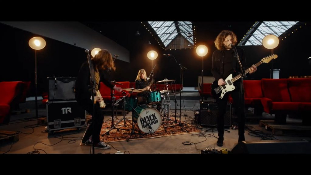Video-releasetour Black Monsoon deel twee met single Pantomime